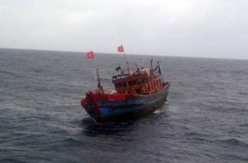 Quảng Bình: Phát hiện nhiều tàu cá khai thác trái phép