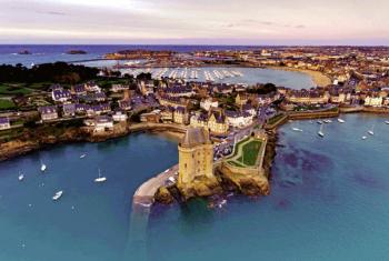 Saint-Malo: Thị trấn của biển cả
