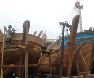 Hiện trạng trình độ công nghệ của các cơ sở đóng, sửa tàu thuyền khai thác hải sản tại cảng cá loại một ở Việt Nam
