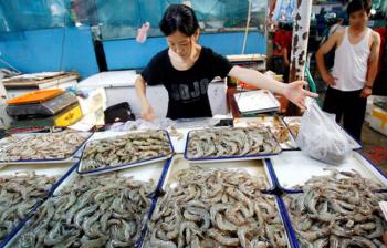 Trung Quốc: Tôm tăng giá, thiếu nguồn cung