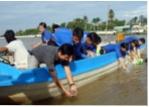 Hậu Giang: Thả 3.000 con tôm càng xanh xuống kênh xáng Xà No