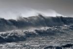Tin cảnh báo mưa dông, gió mạnh và sóng lớn trên biển