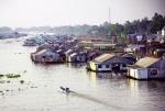 Độc đáo làng cá bè Châu Đốc