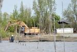Cà Mau: Sông Bảy Háp bị bức tử bởi mưa bùn ở các đầm nuôi sò huyết