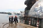Tàu cá 10 tỷ đồng đột nhiên bốc cháy