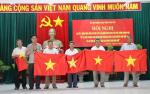 Phú Yên trao 8000 lá cờ Tổ quốc cho ngư dân