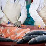 Trung Quốc: Tạm dừng nhập khẩu cá hồi từ Na Uy