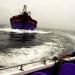 Bức bối tàu giã cào tàn phá biển ven bờ