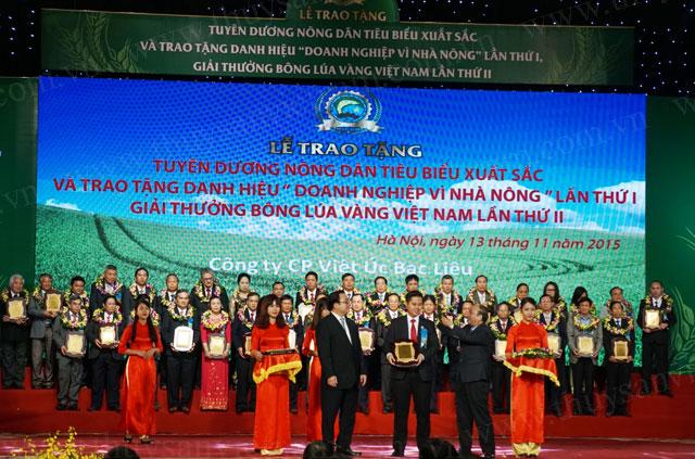 việt úc nhận giải thưởng bông lúa vàng việt nam 2015 - ảnh 1