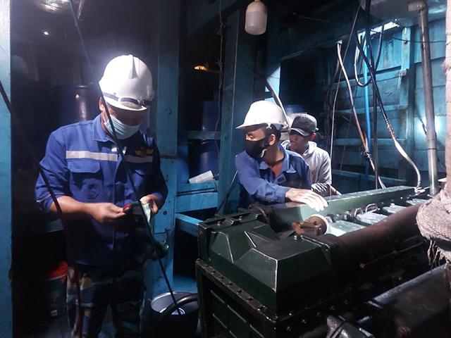 sửa chữa sự cố tàu cá